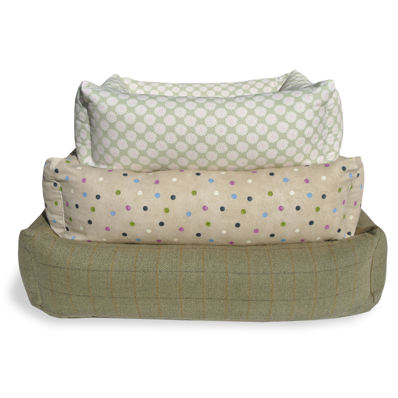 Hugo and Hennie Deluxe Combination Bolster Dog Bed