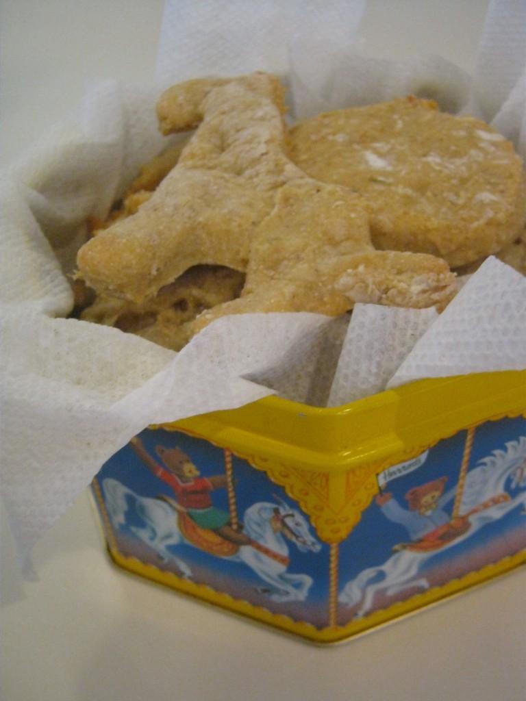 oatmeal chicken dog treats