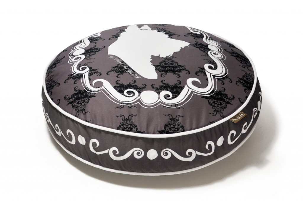 P.L.A.Y Round Dog Bed Cameo