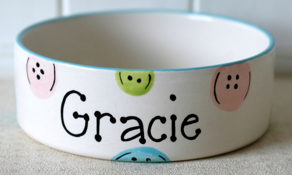 Personalised Ceramic Buttons Dog Bowls