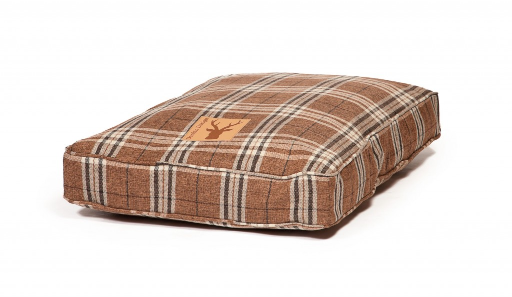 Newton Truffle Box Duvet Dog Bed by Danish Design