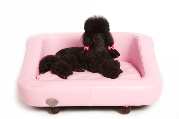 Richmond Luxury Leather Pink Dog Bed by Chester and Wells