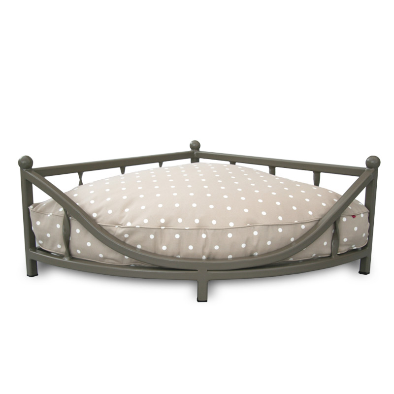 The Corner Metal Dog Bed