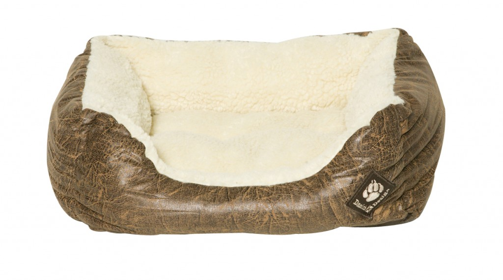Waggles Super Soft Dog Bed for Pugs