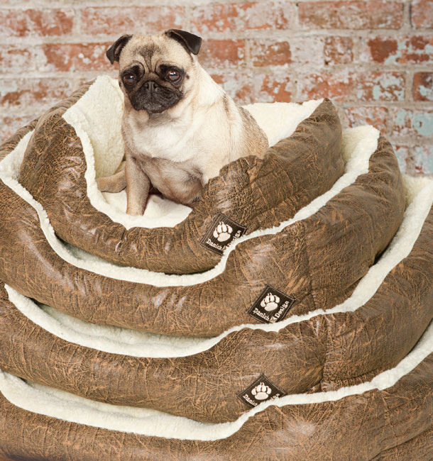 Waggles Super Soft Dog Bed