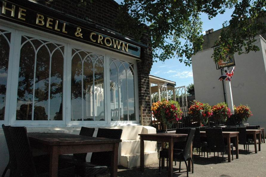 The Bell and Crown, Chiswick