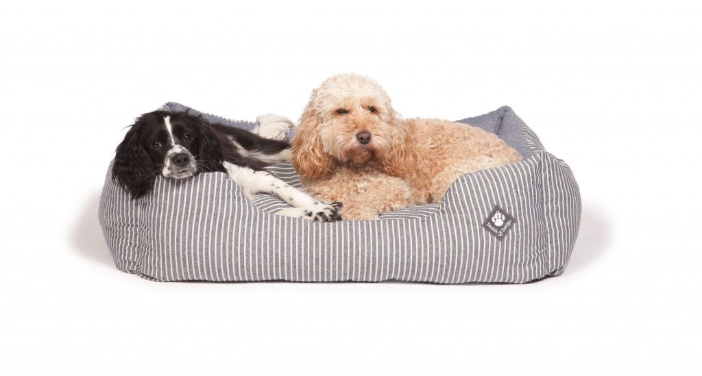 Maritime Blue Snuggle Bed with Dog