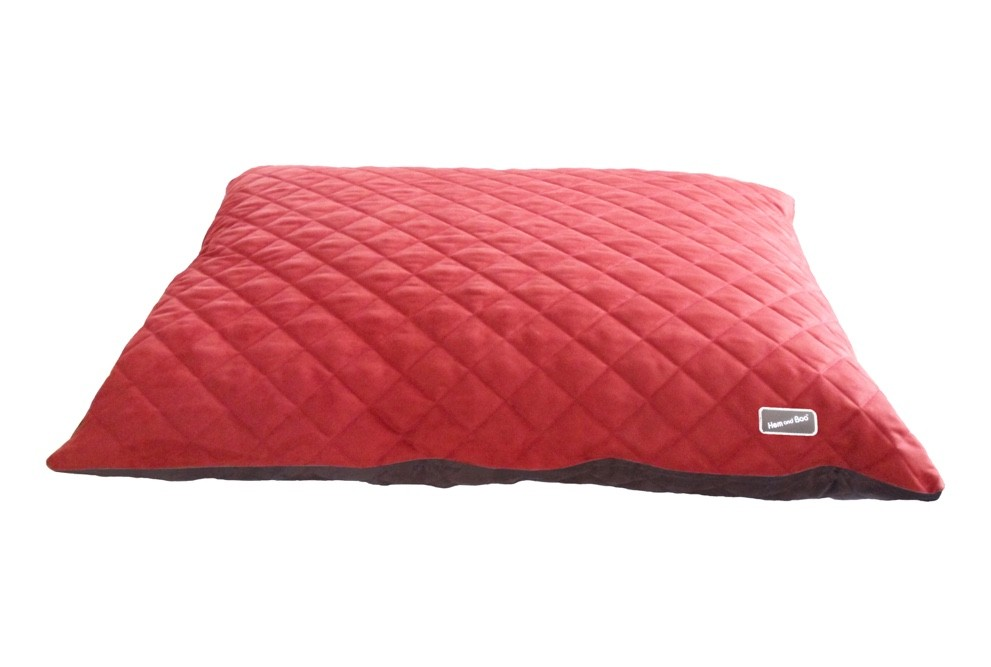 Chill Out Luxury Quilted Cushion Dog Beds Brick Red from £39.99