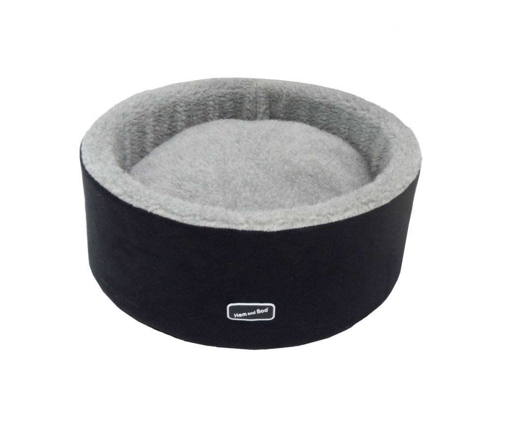 Hem-and-Boo-Round-Small-Dog-Bed-Black