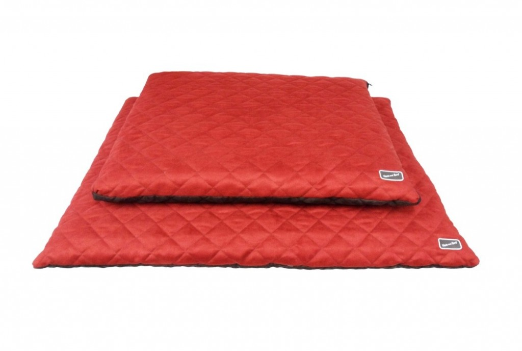 Chill Out Luxury Quilted Flat Dog Beds Brick Red from £39.99