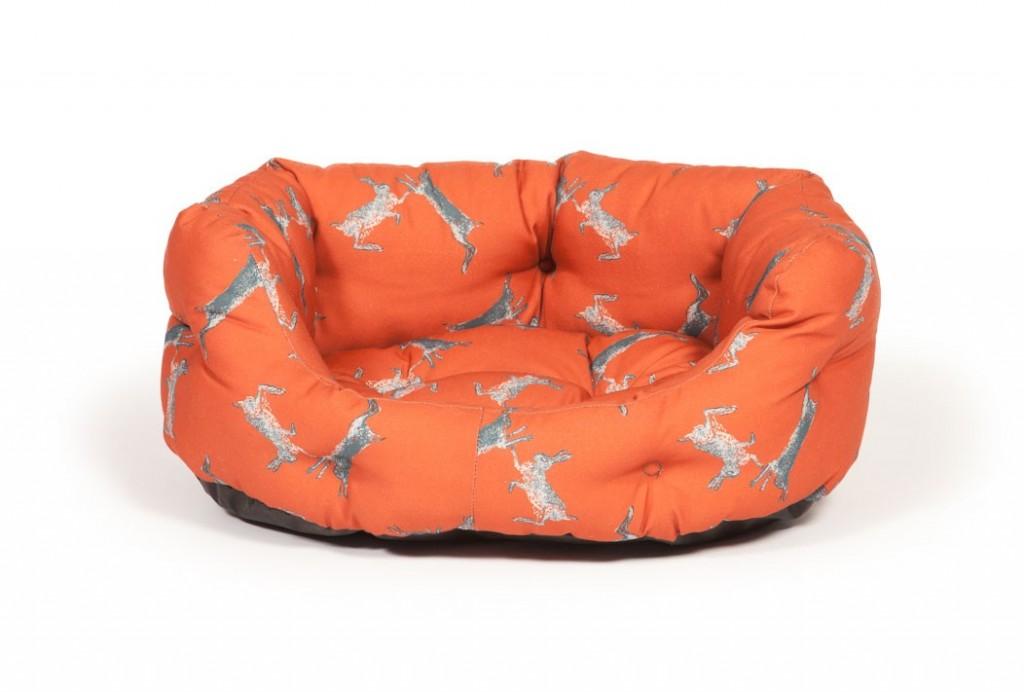 Woodland Range Boxing Hares Deluxe Slumber Dog Beds for Dachshunds by Danish Design
