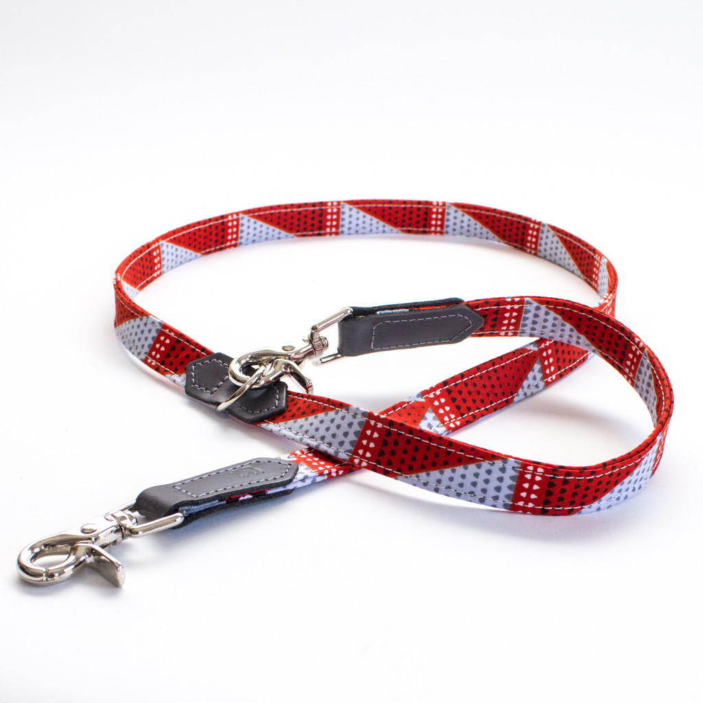 Hiro and Wolf Grey Triangles Cafe Dog Lead