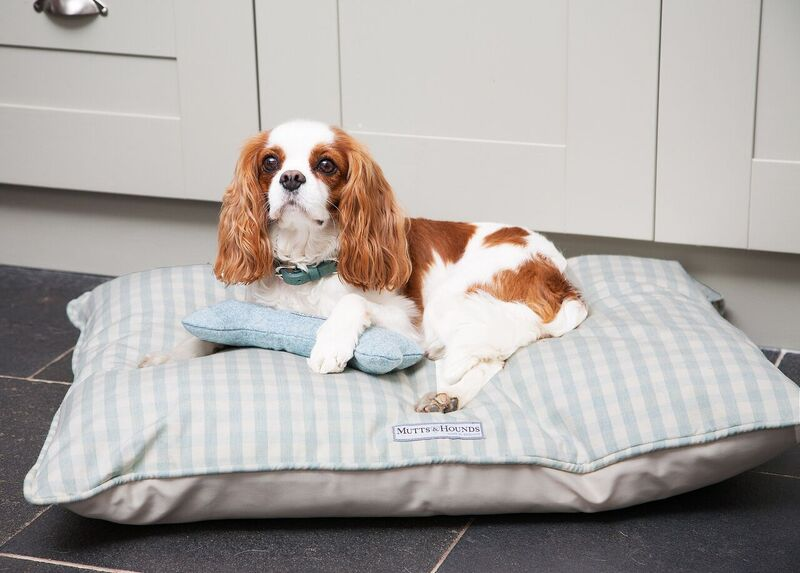 mint check cotton pillow dog bed