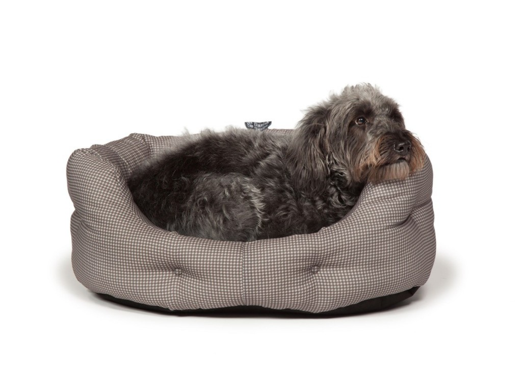 Vintage Dogstooth Deluxe Slumber Dog Bed by Danish Design