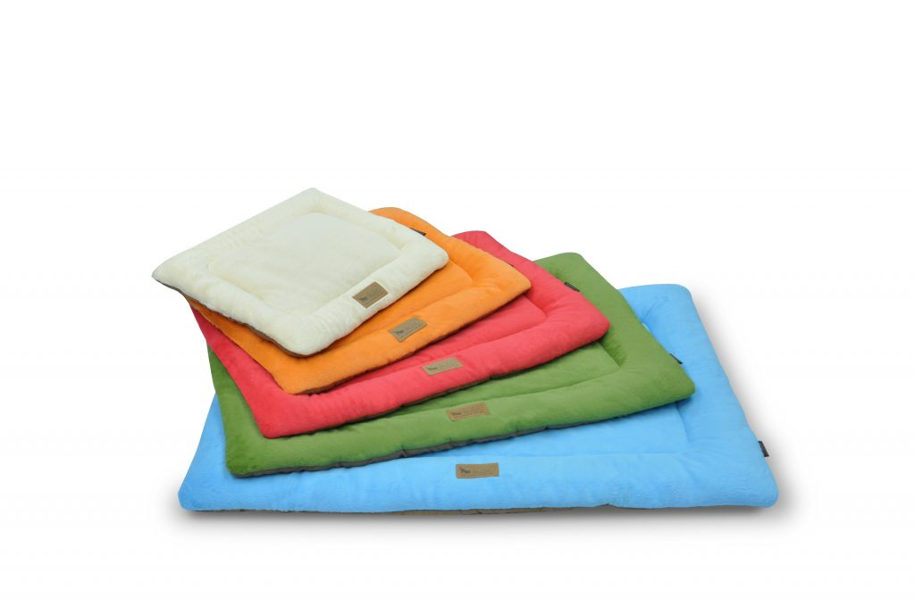 PLAY colour crate mat for dogs
