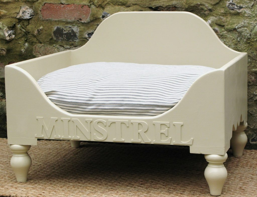 Picture of: Personalised Dog Beds Uk Luxury Dog Beds Chelsea Dogs Blog