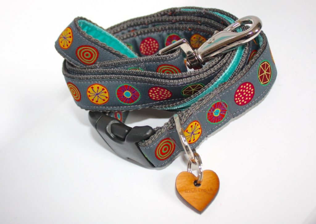 handmade dog collar and lead uk